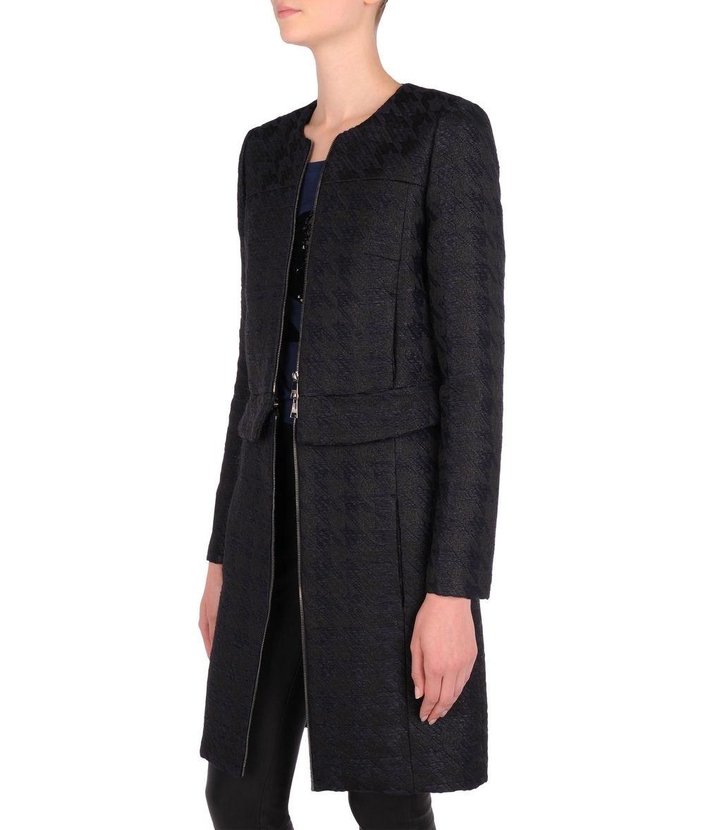 Total eclipse coat